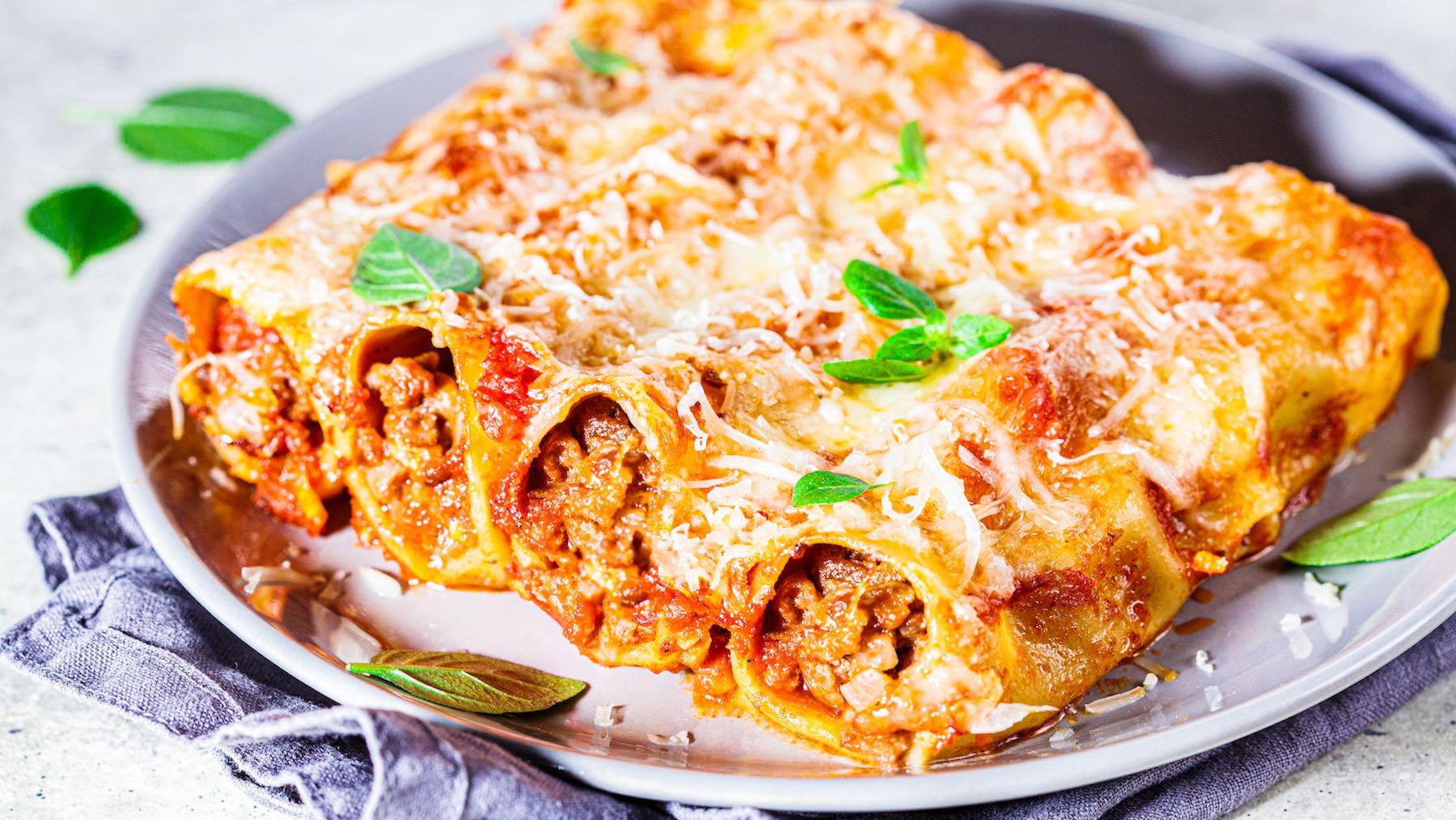 Cannelloni al ragù di salsiccia